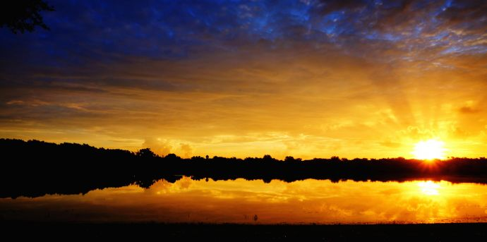sunrise-howard-lebowitz-flickr-690x343